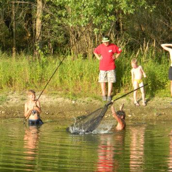 Detský rybársky tábor 2015 na ramene v Hornom Čepeni