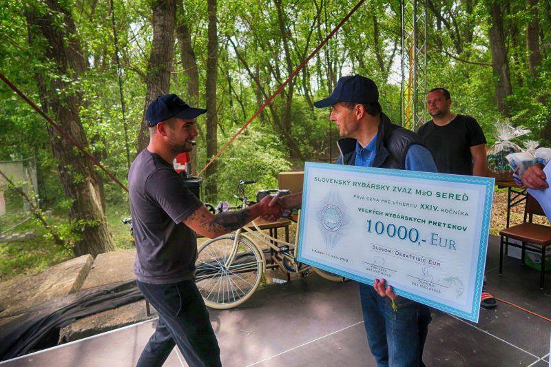 Veľké rybárske preteky na ramene Horný Čepeň, konané dňa 11.5.2019